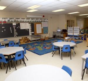 Photo of a grade school classroom
