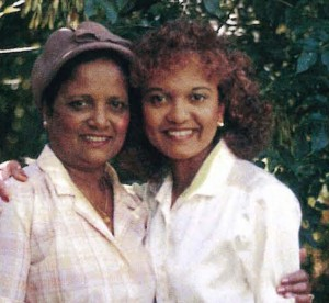 Sherry Ramrattan Smith with her mother Rose