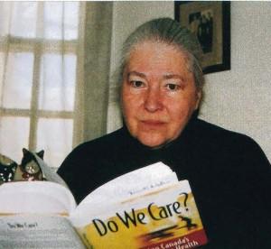 "Fiona Nelson reading ""Do We Care"""
