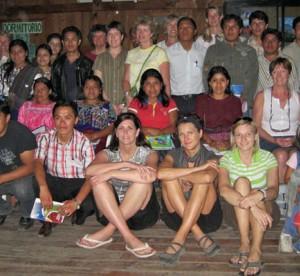 teachers posing with Guatemalan class