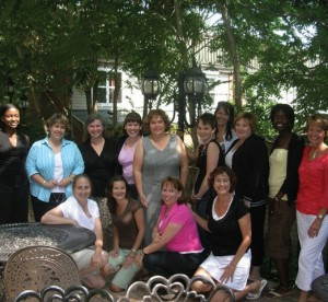 Woman ETFO members posing together outside