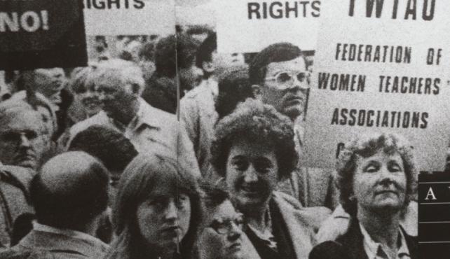 Women picketing for Federation of Women Teachers Associations